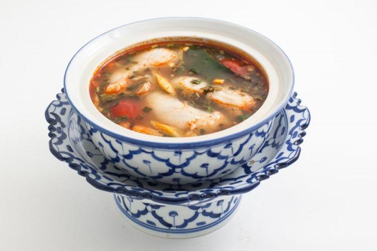 Soupe de poisson à la citronnelle