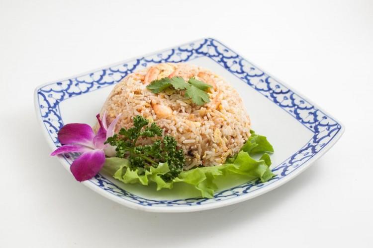 Riz sauté au crabe à la thailandaise