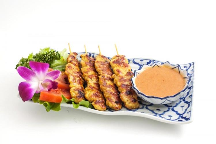 Brochettes de poulet grillées à la...